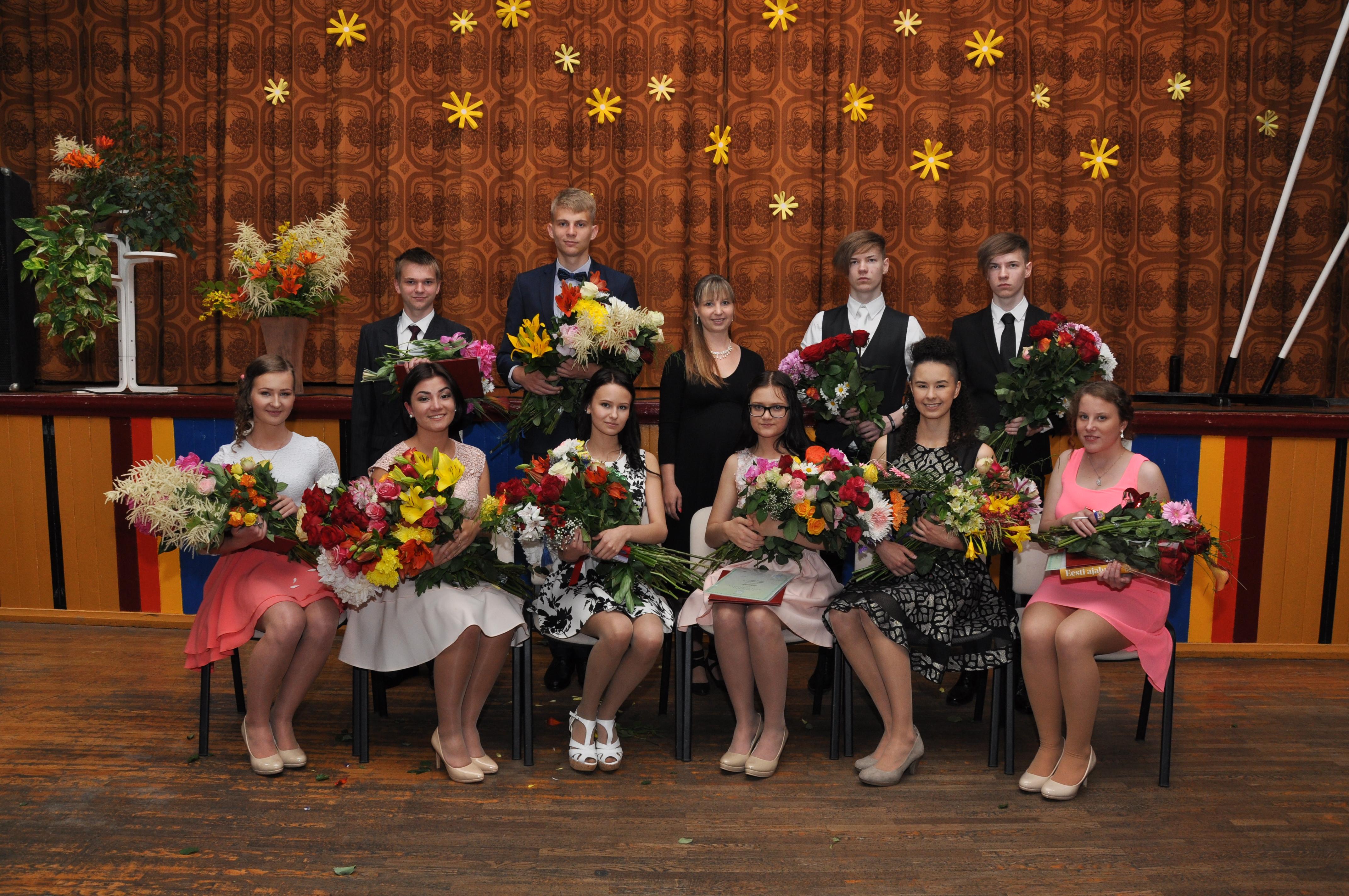 18. juunil lõpetas Väätsa Põhikooli kümme tublit õpilast